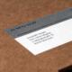 Lettershop: Etikett auf Versandverpackung